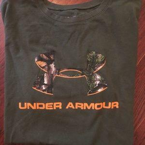 Boys under armour t shirt